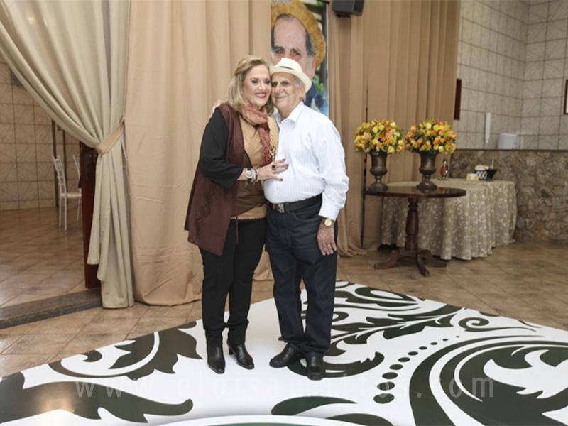 83 ANOS DE GUMERCINDO DE SETA