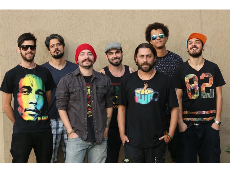 DJ BOCHA É NOVO INTEGRANTE DO CHÁ DE LUA - Eloisa Mattos
