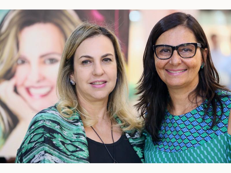 SUPERINTENDENTE DO SENAC LANÇA LIVRO SOBRE LIDERANÇA NO RIO PRETO SHOPPING - Eloisa Mattos
