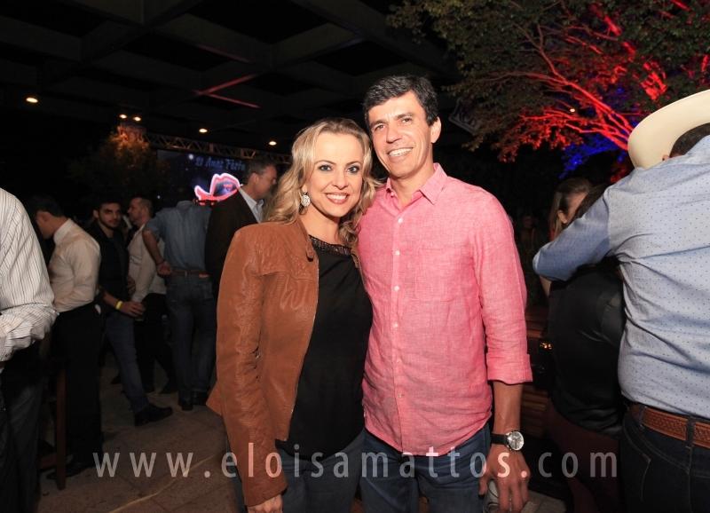LANÇAMENTO RODEO COUNTRY BULLS – DECK IGUATEMI - Eloisa Mattos