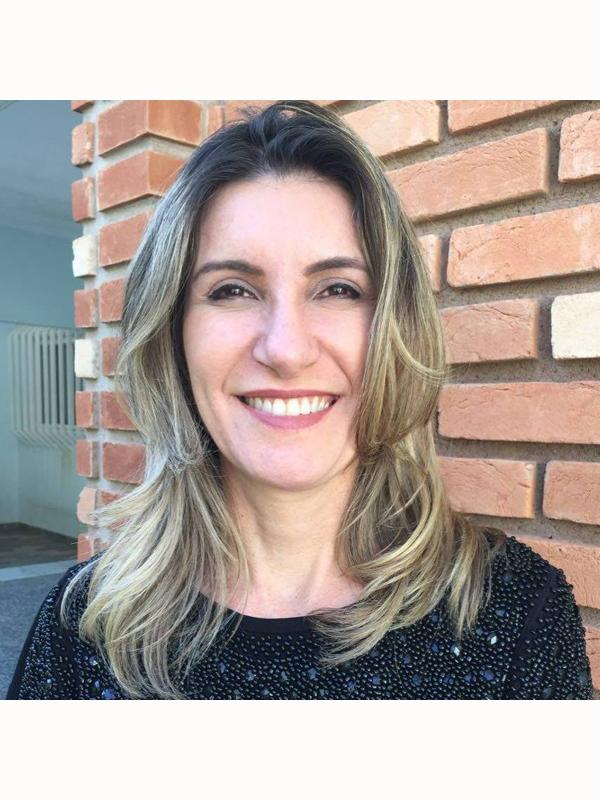RIOPRETO SHOPPING RECEBE X JORNADA INTERNACIONAL DE MULHERES ESCRITORAS - Eloisa Mattos