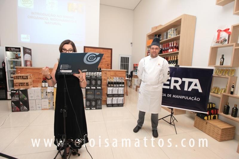 FARMÁCIA CERTA DE MANIPULAÇÃO, PROMOVE EVENTO PARA NUTRICIONISTAS NA ENOTECA CURSINO - Eloisa Mattos
