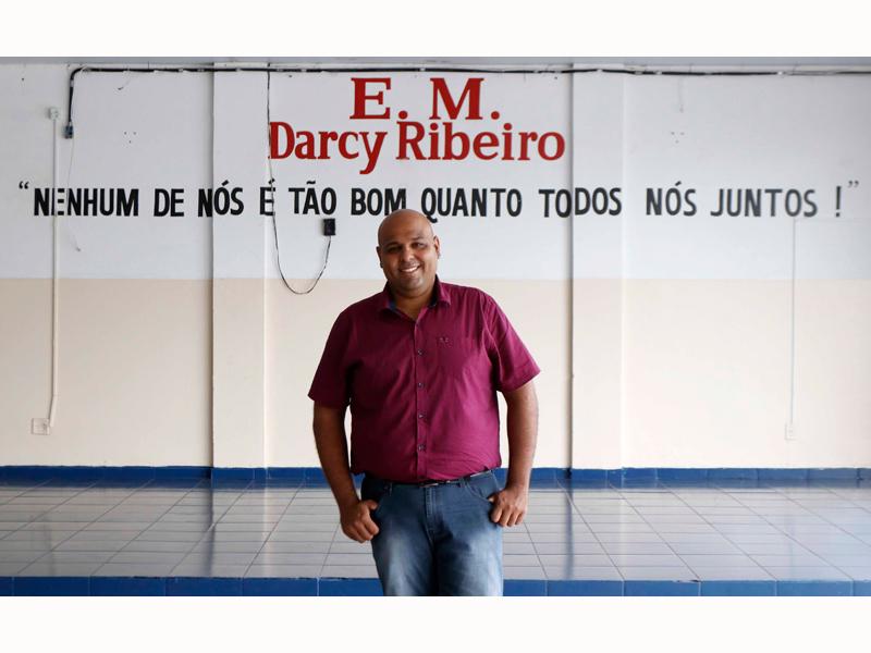 RIO PRETO TEM EDUCADOR ENTRE OS 10 MELHORES DO MUNDO - Eloisa Mattos