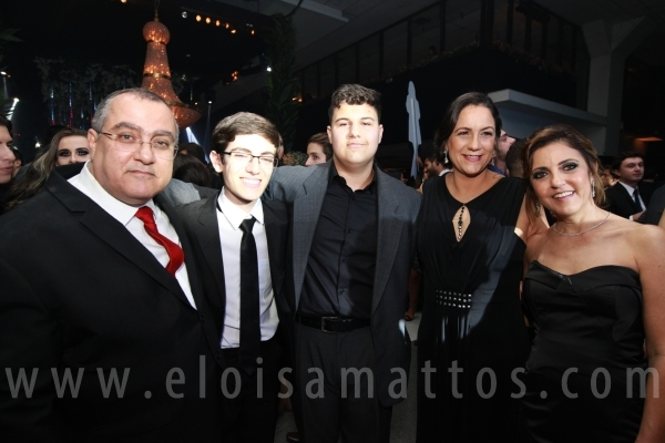 BAILE DE GALA FORMATURA MEDICINA FACERES - Eloisa Mattos