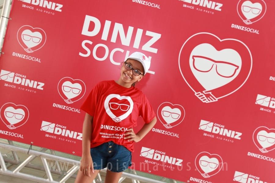 """""""DINIZ SOCIAL"""" OFERECE 25 MIL CONSULTAS OFTALMOLÓGICAS GRATUITAS E DOAÇÃO  DE ÓCULOS PARA CRIANÇAS. """" ab93982b0d"""