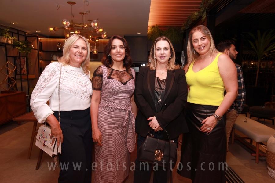 MOSTRA ARQ DESIGN RECEBE EDIÇÃO FASHION TALKS BY ANA CAROLINA ARROYO - Eloisa Mattos