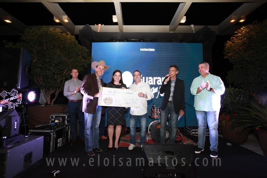 LANÇAMENTO RIO PRETO RODEO COUNTRY BULLS - Eloisa Mattos