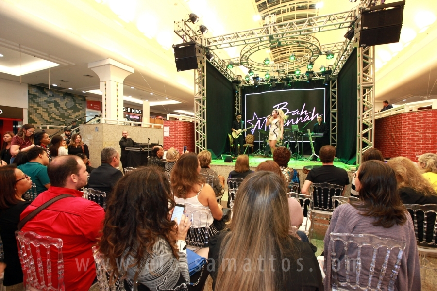 FEIRA NOIVAS E FESTAS BY FRED TEBAR E LUANA CURTI NO RIOPRETO SHOPPING CENTER - Eloisa Mattos