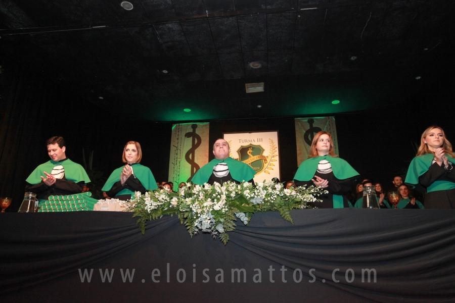 COLAÇÃO DE GRAU TURMA III DE MEDICINA FACERES -SJRPRETO - Eloisa Mattos