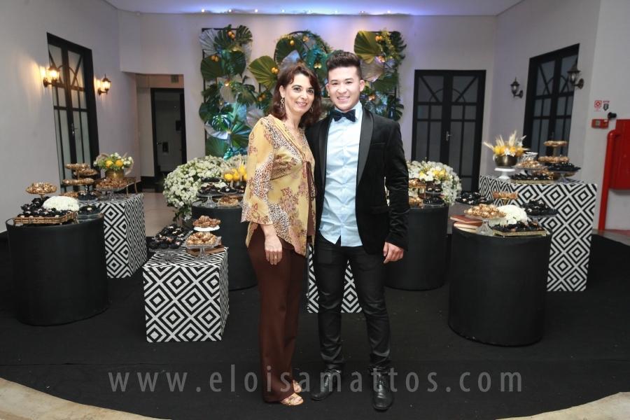 ANIVERSÁRIO DE 60 ANOS DO SR ROBERTO AKIRA – ESPAÇO VITÓRIA - Eloisa Mattos